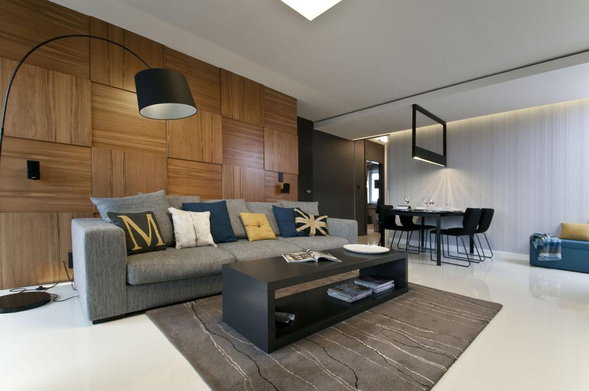 02 sofa płyty fornirowane stół z krzesłami tapeta lampa