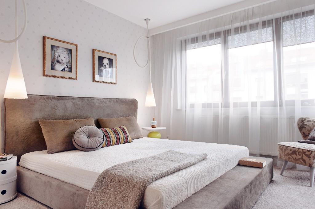 Apartament w Gdyni 2012 - 01 tapicerka wezgłowie łóżko